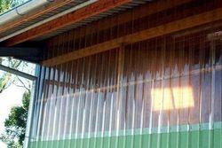 Окно из прозрачного профлиста